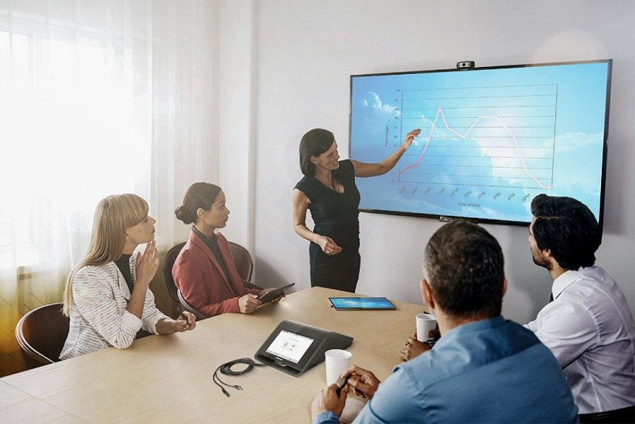 3 Essential Crestron Benefits for Your Conference Room Setup